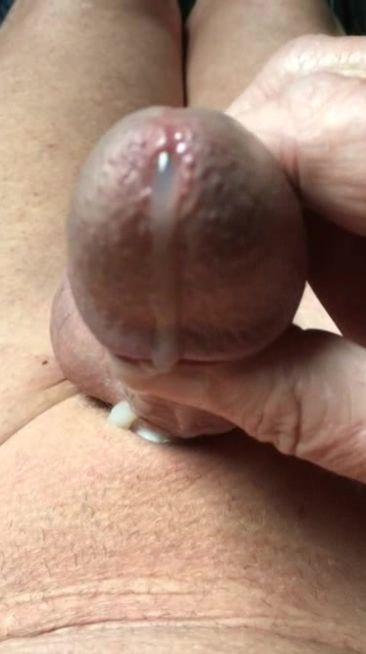 Abspritzender Penis