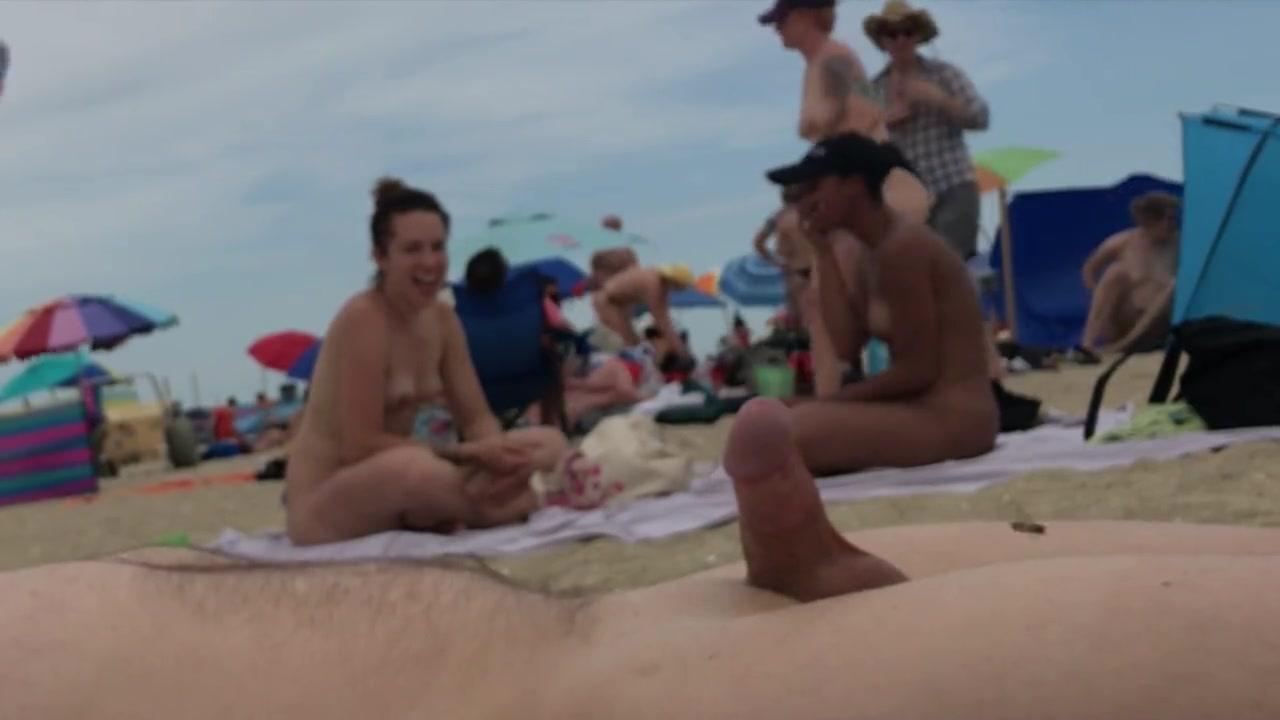 Am Strand Abspritzen