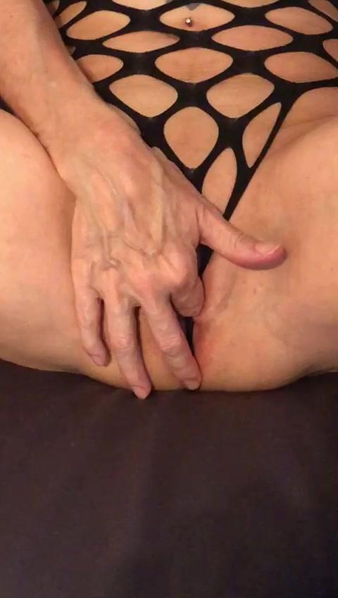 Die Lustperle fingern