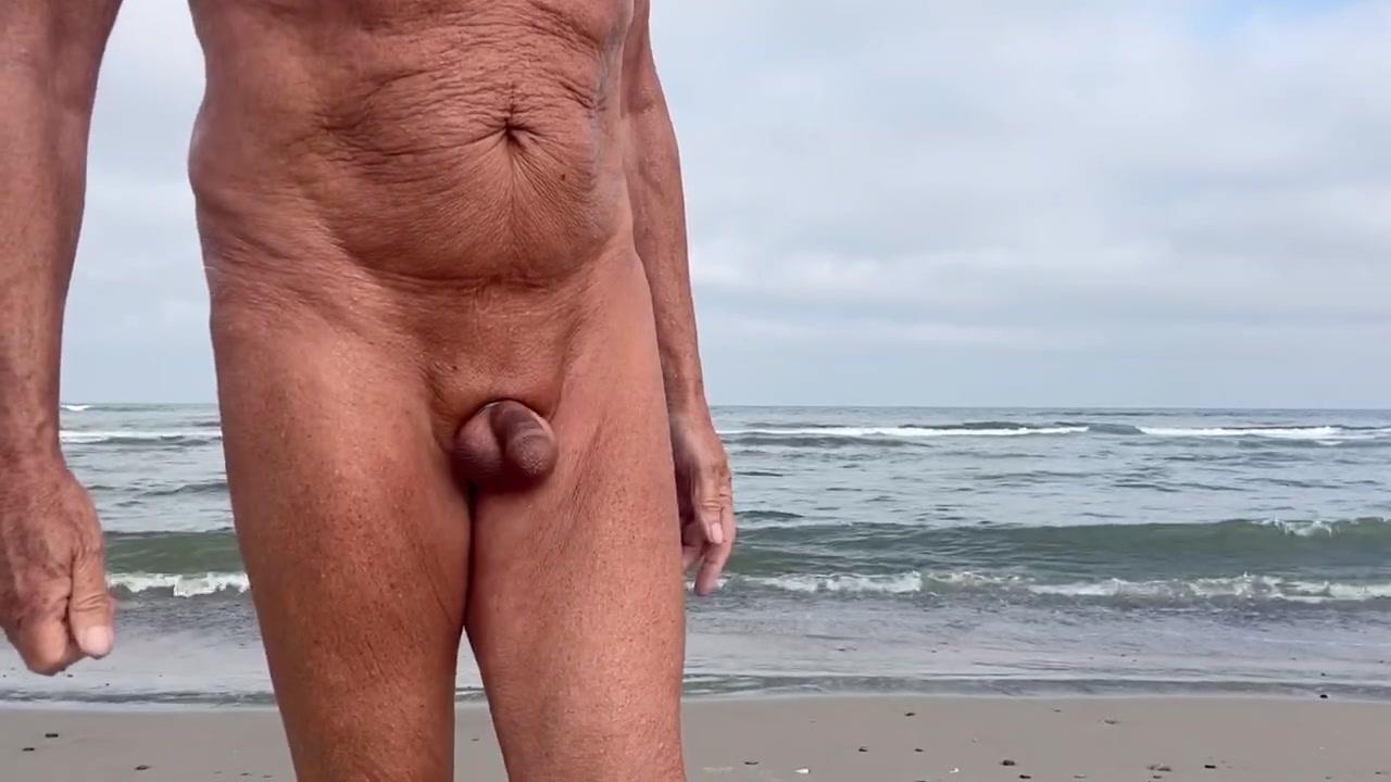 Schwimmen fkk männer nackt FKK Sex